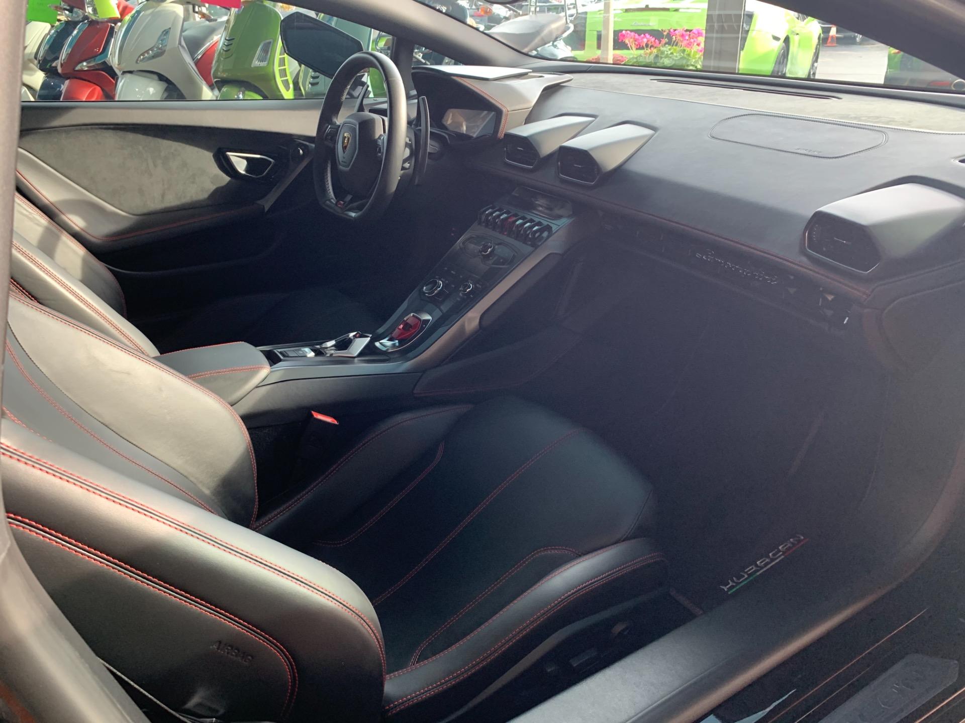 Used-2015-Lamborghini-Huracan-LP-610-4--AWD