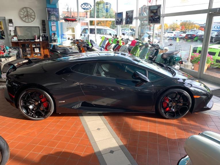 Used 2015 Lamborghini Huracan LP 610-4  AWD | Brookfield, WI