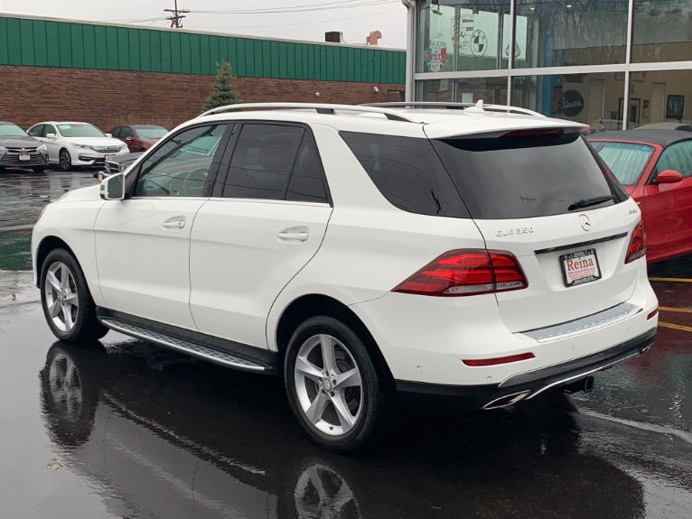 Used-2016-Mercedes-Benz-GLE-350-4MATIC