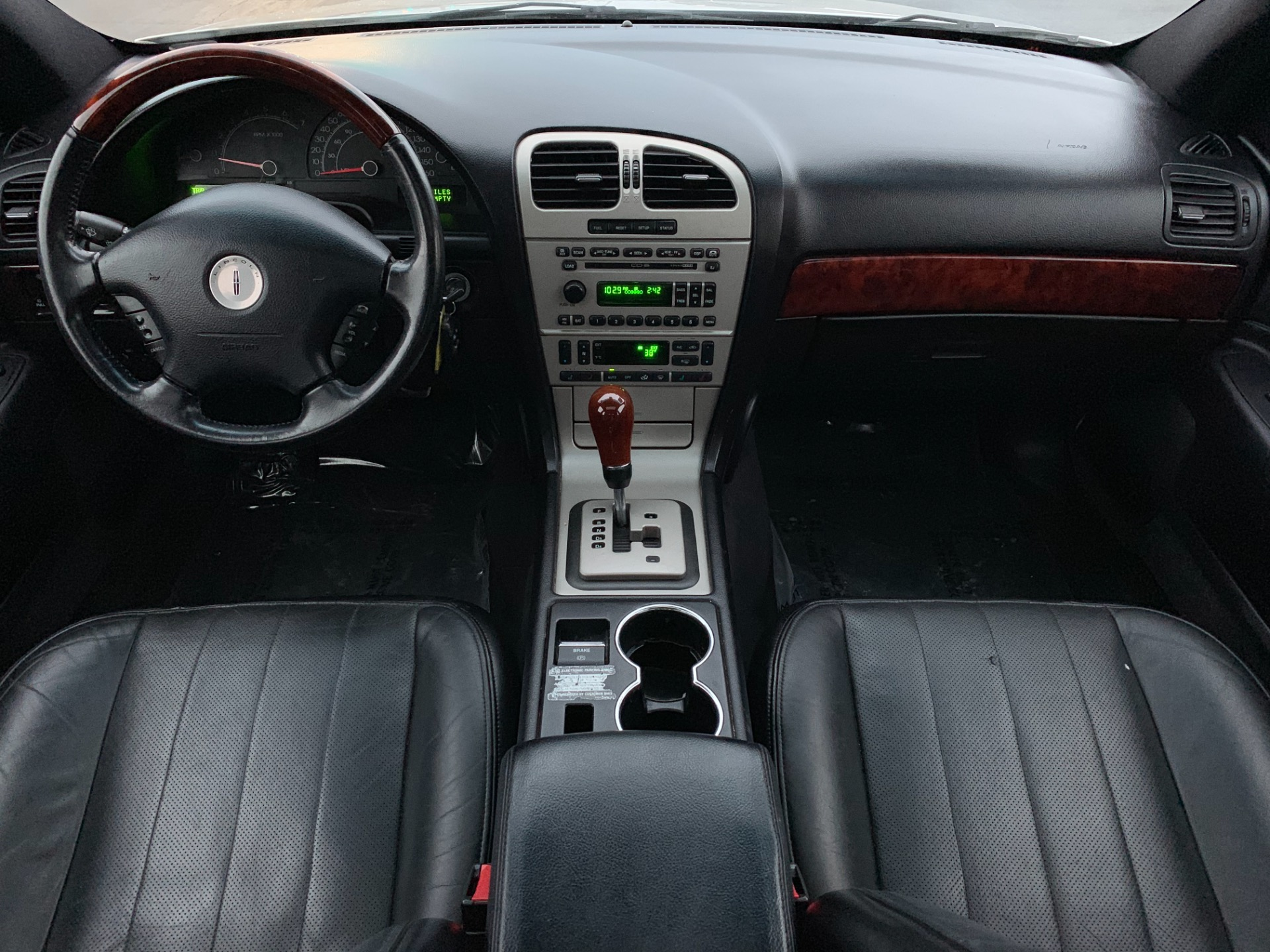 Used-2005-Lincoln-LS-Sport