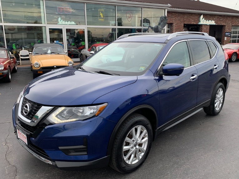 Used 2017 Nissan Rogue SV AWD | Brookfield, WI