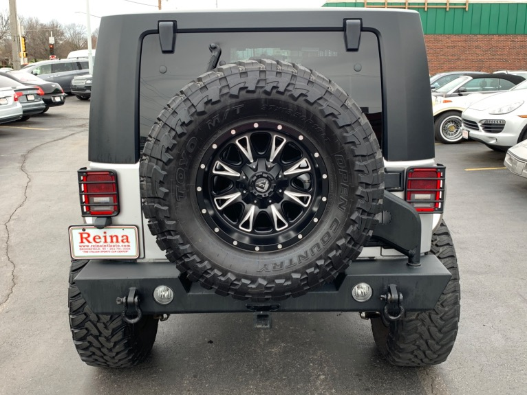 Used-2007-Jeep-Wrangler-Unlimited-Sahara-4x4-Rubicon-Express-Lift