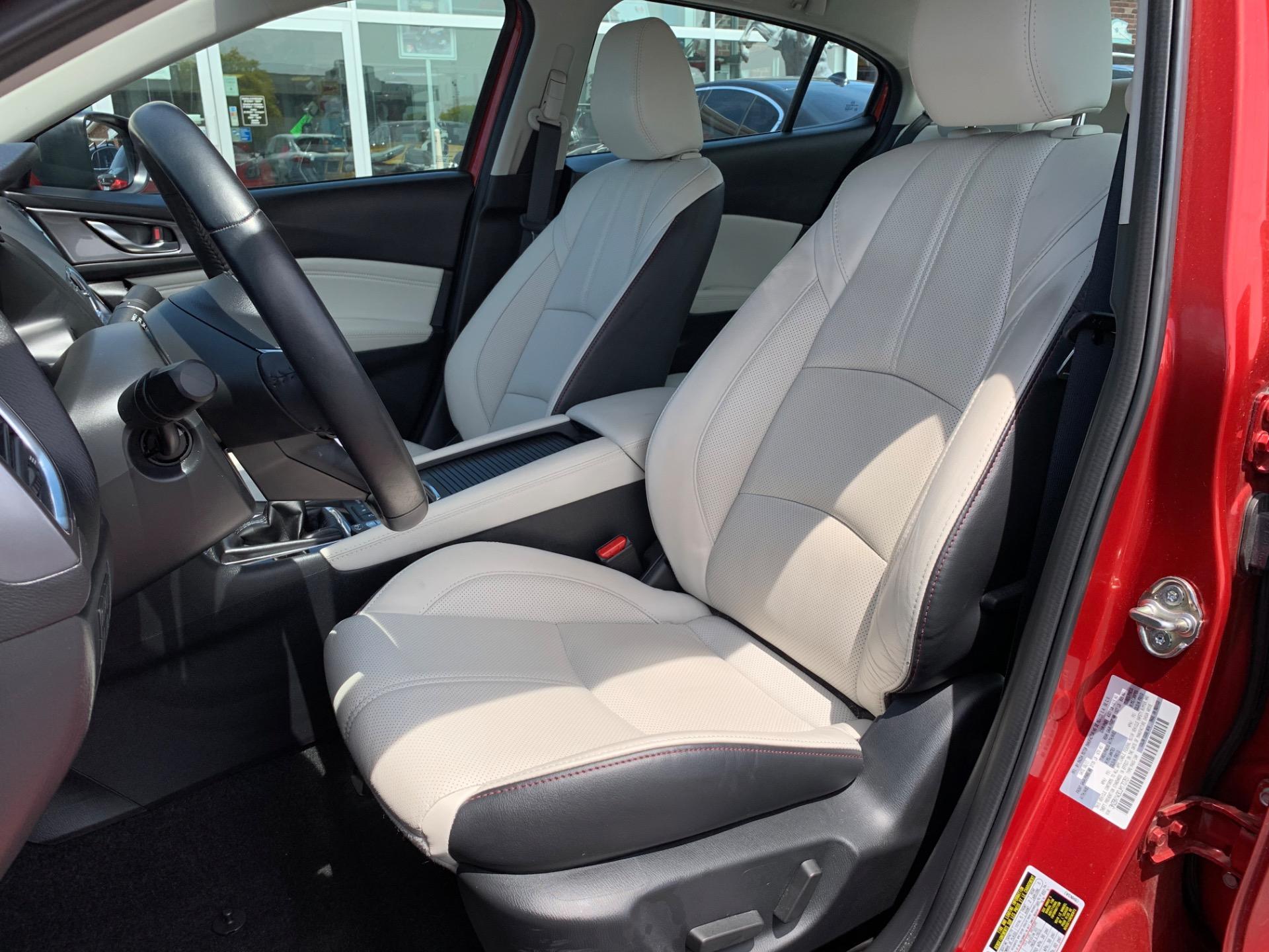 Used-2018-Mazda-Mazda3-Grand-Touring