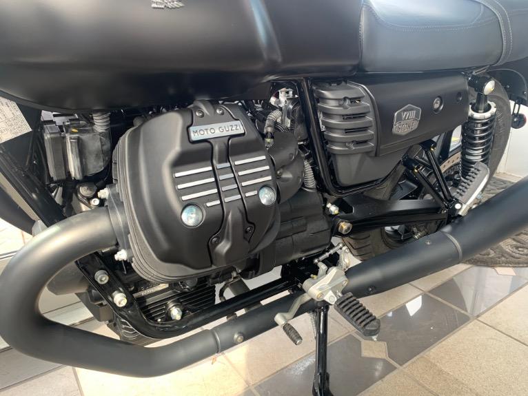 New-2019-Moto-Guzzi-V7-III-Stone