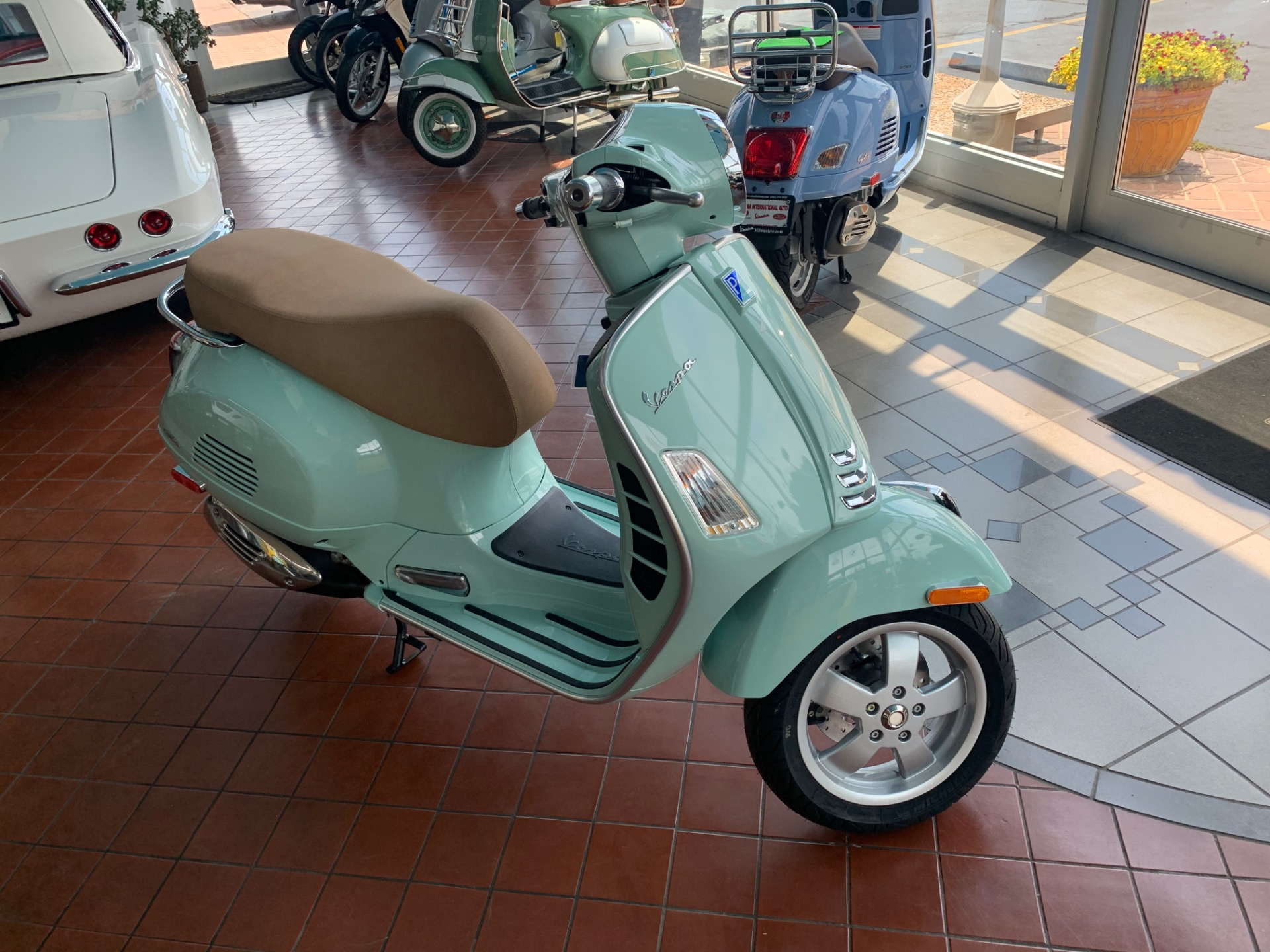 New-2020-VESPA-GTS-300-HPE-ABS