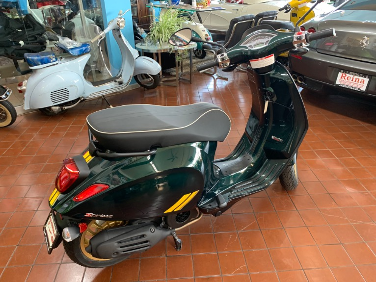 New-2020-VESPA-SPRINT-150-RACING-SIXTIES