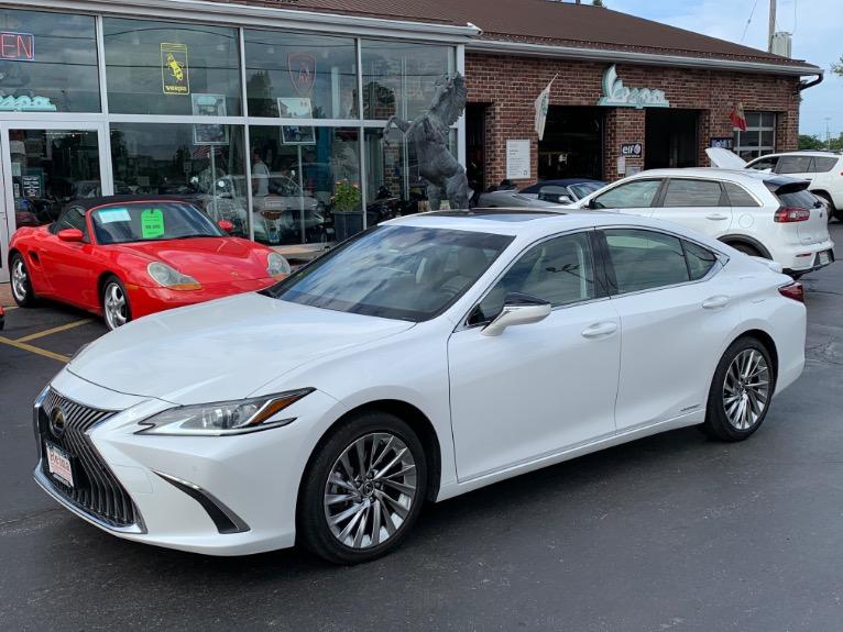 Used 2019 Lexus ES 300h Luxury | Brookfield, WI
