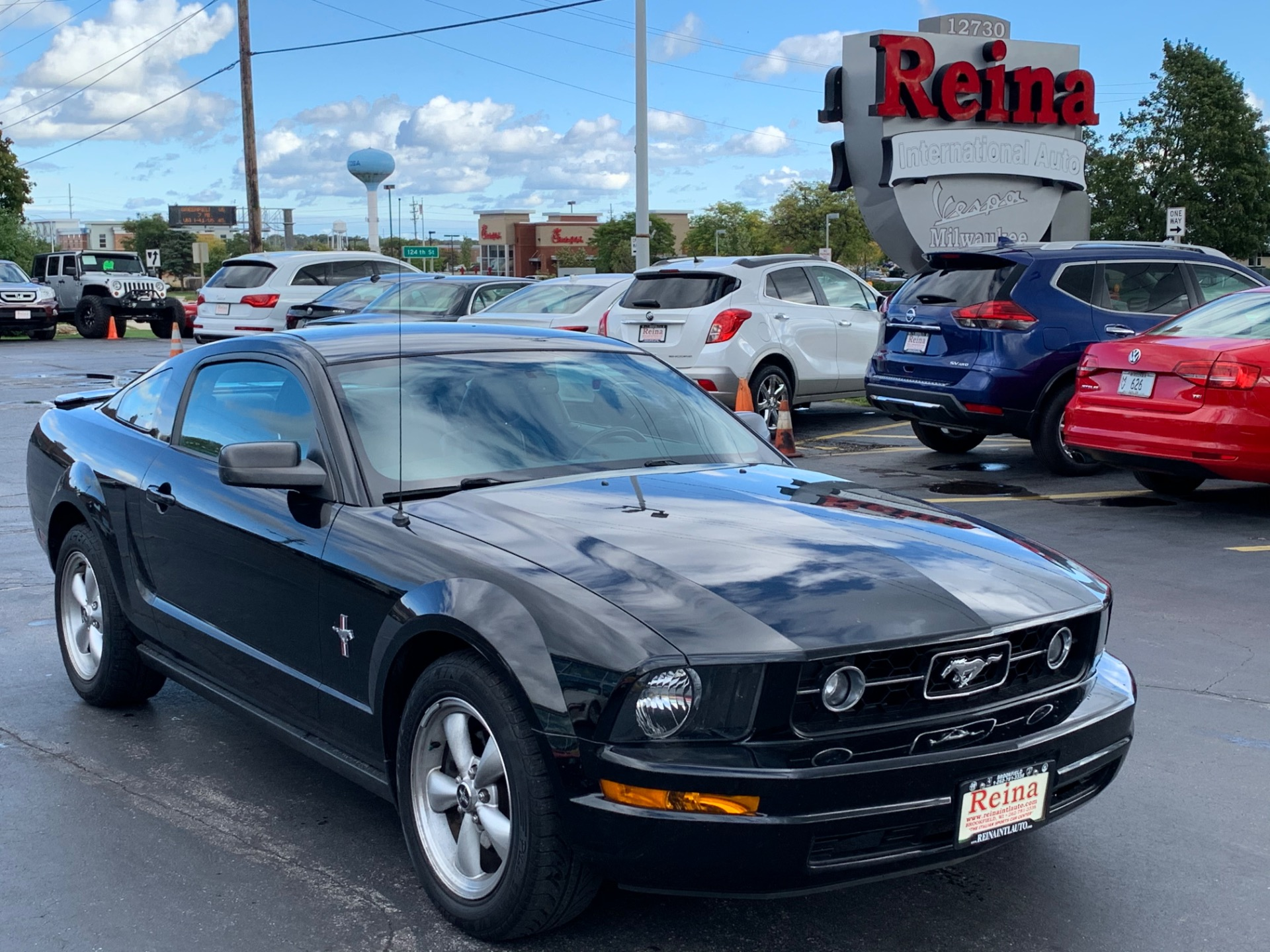 Used-2007-Ford-Mustang-V6-Premium