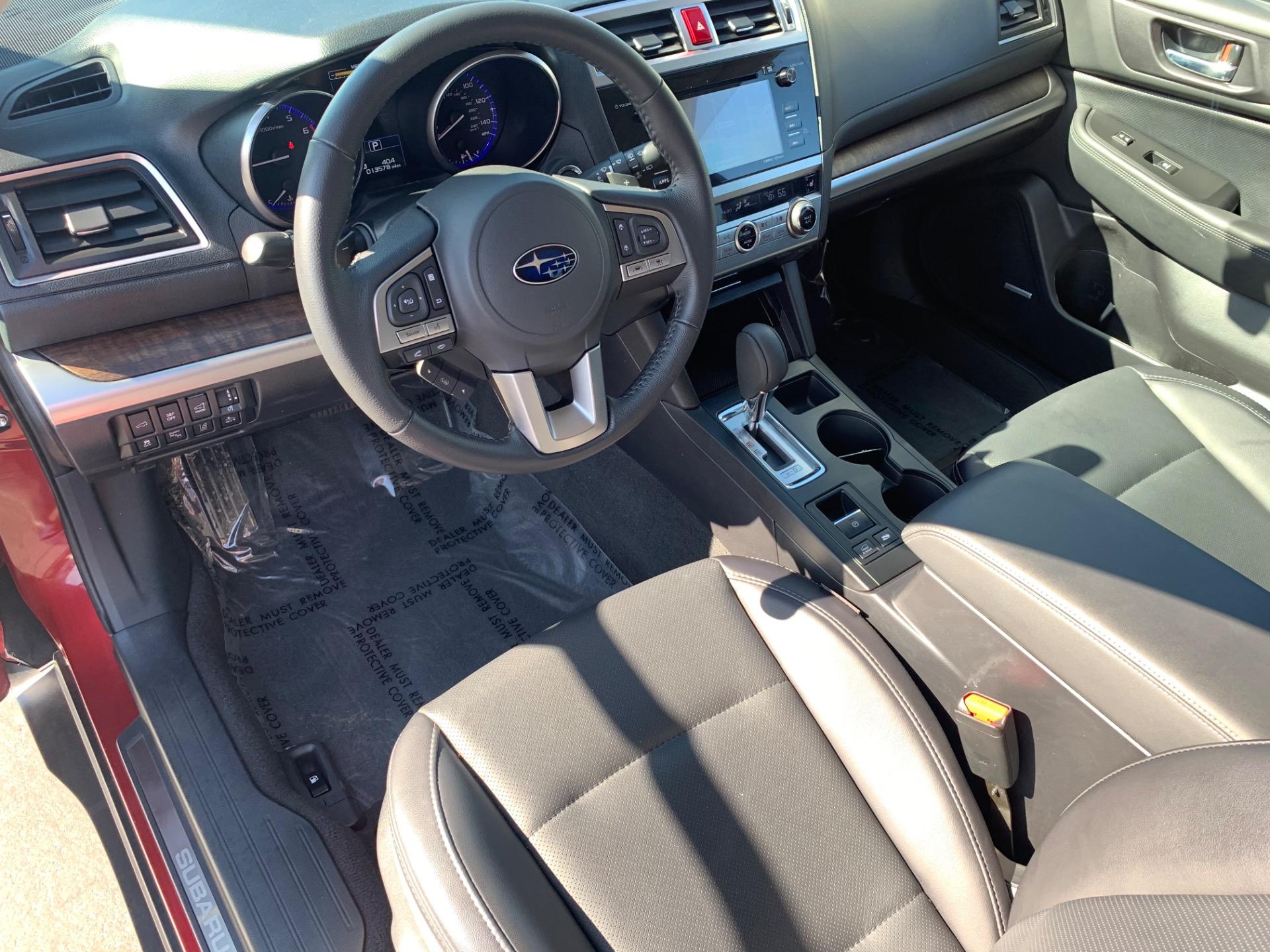 Used-2017-Subaru-Outback-25i-Limited-AWD-w/Adaptive-Cruise