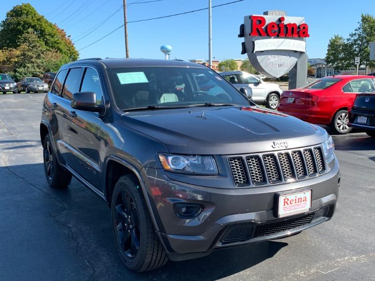 Used-2015-Jeep-Grand-Cherokee-Altitude-4x4
