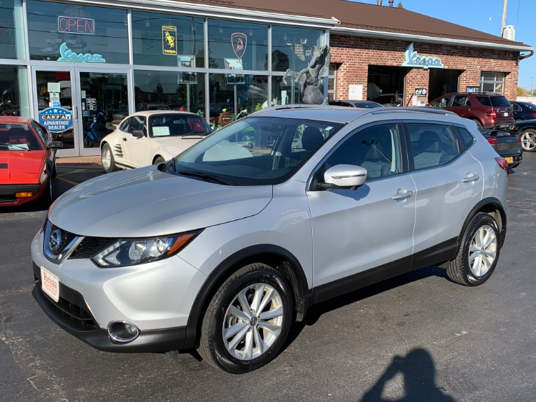 Used 2017 Nissan Rogue Sport SV AWD | Brookfield, WI