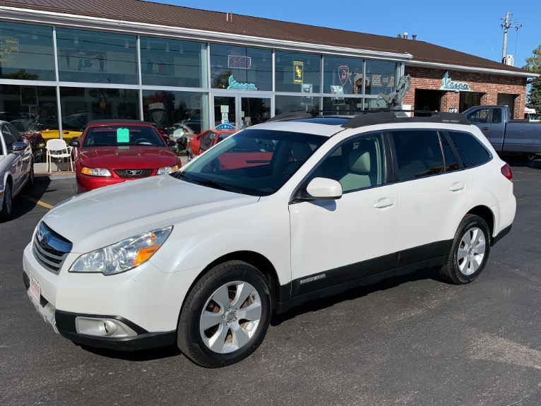 Used 2010 Subaru Outback 2.5i Limited AWD | Brookfield, WI