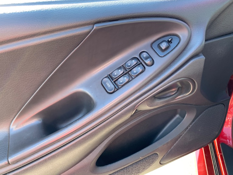 Used-1999-Ford-Mustang