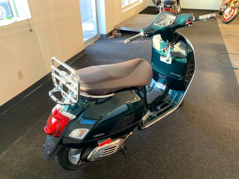 New-2020-VESPA-GTS-300-TOURING