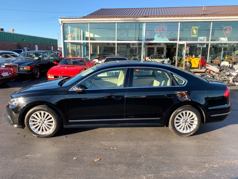 Used-2016-Volkswagen-Passat-18T-SE-PZEV-w/Adaptive-Cruise