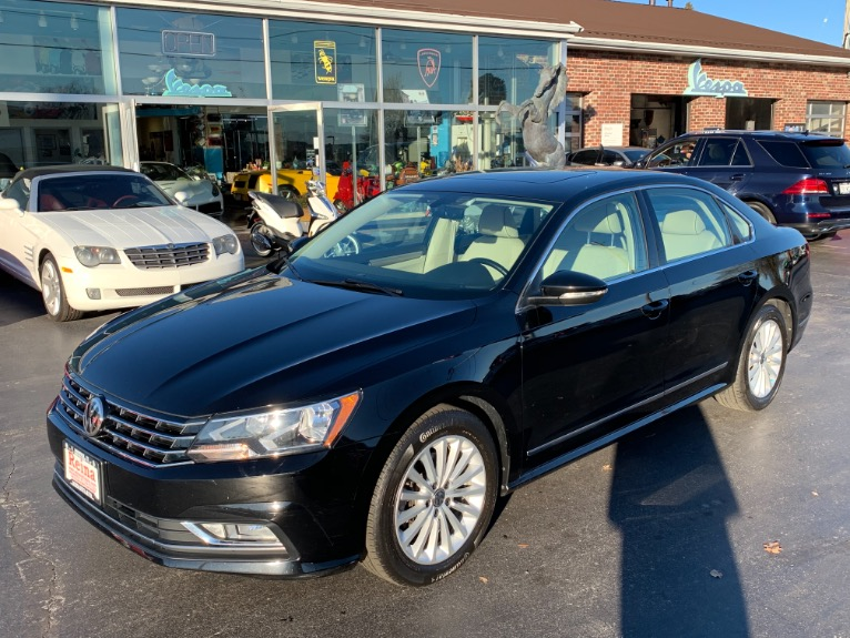 Used 2016 Volkswagen Passat 1.8T SE PZEV w/Adaptive Cruise | Brookfield, WI