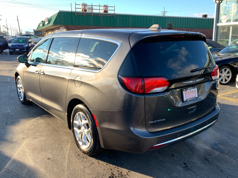Used-2018-Chrysler-Pacifica-Touring-Plus