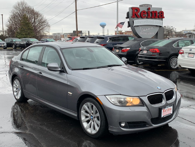 Used-2011-BMW-3-Series-328i-xDrive