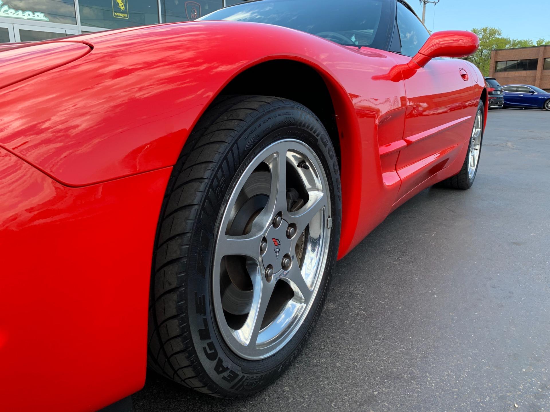Used-2004-Chevrolet-Corvette-Convertible