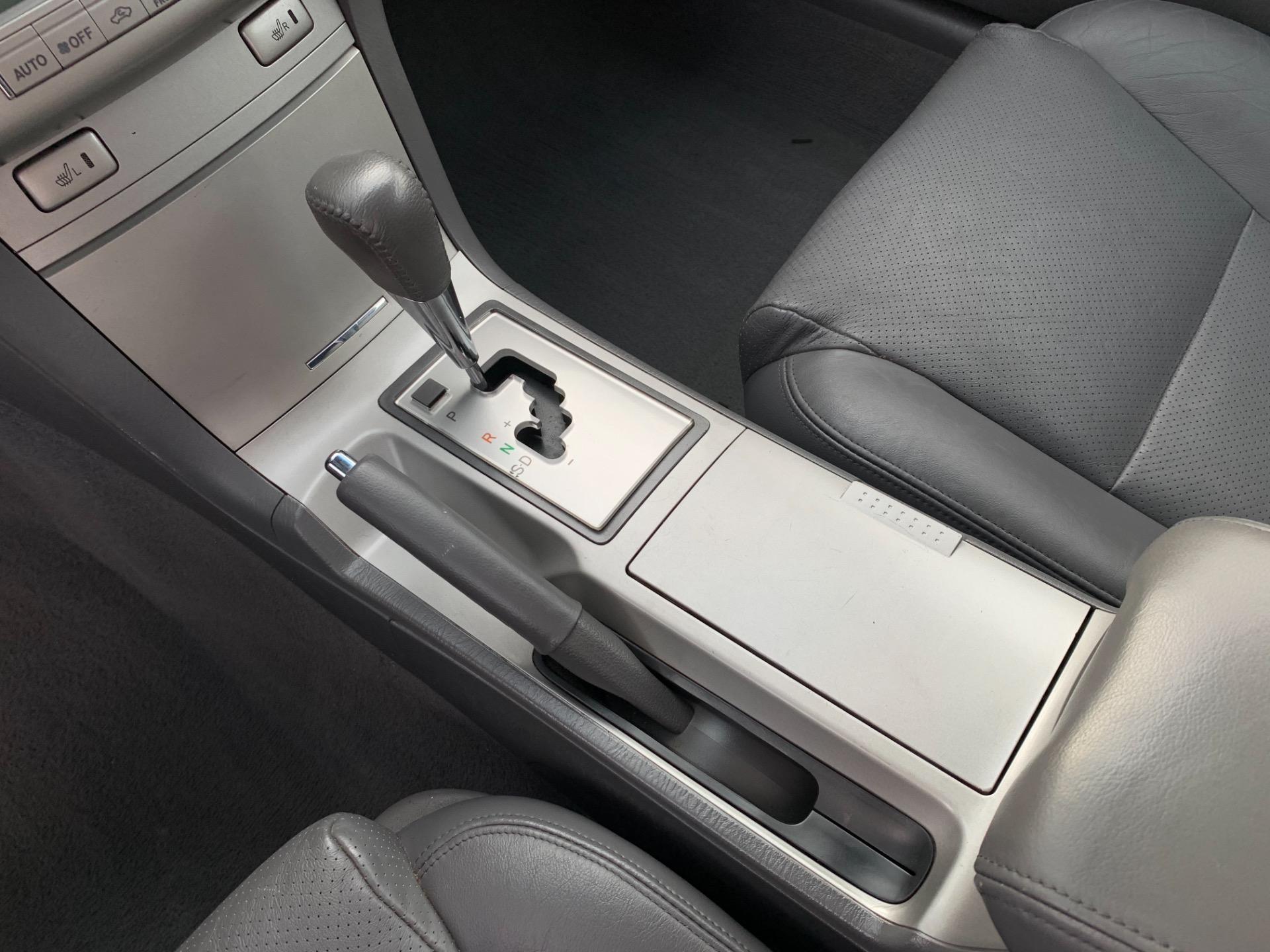Used-2008-Toyota-Camry-Solara-SLE-V6-Convertible