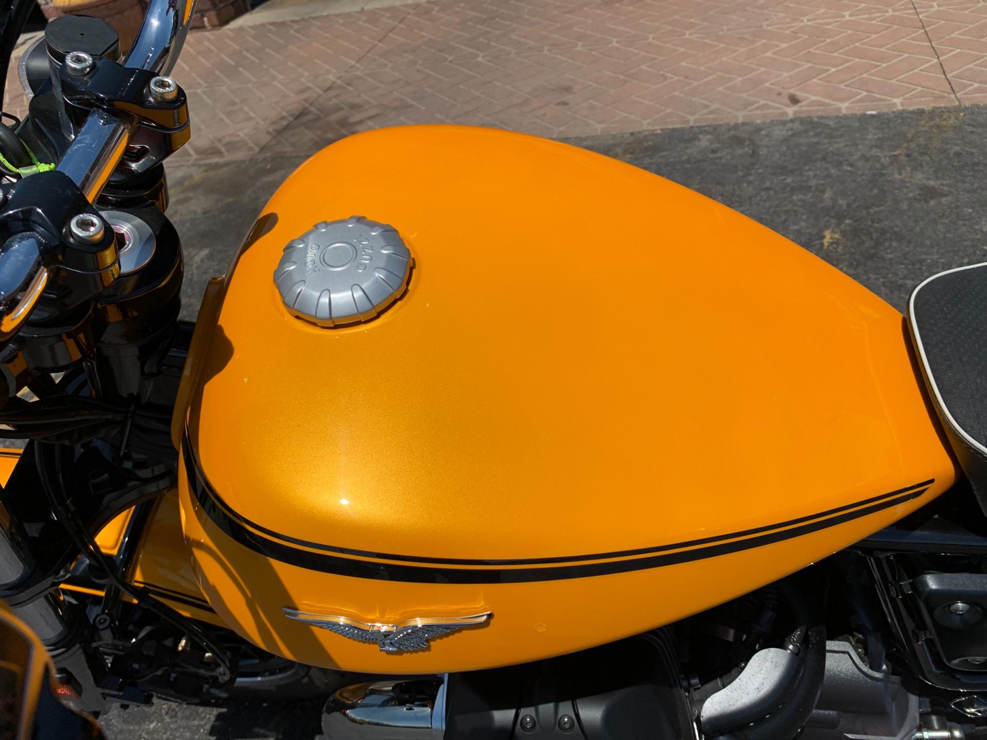 Used-2017-Moto-Guzzi-V9-Roamer