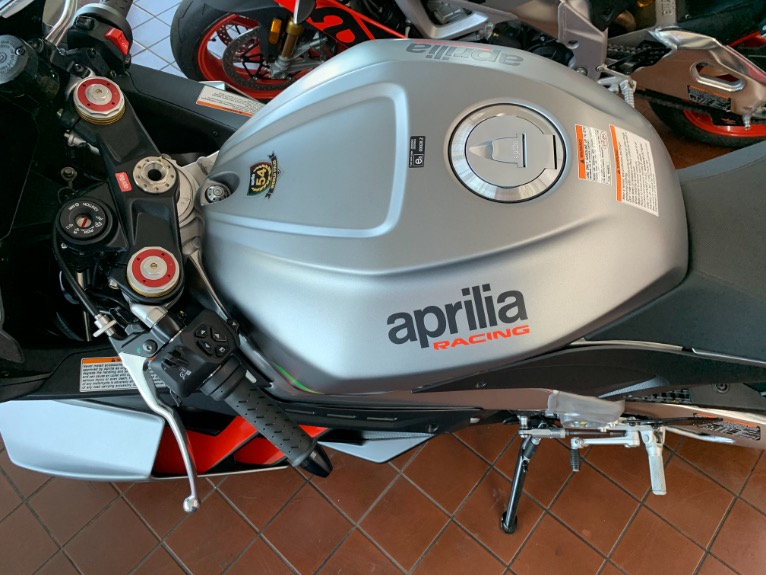 New-2021-APRILIA-RSV4-1100