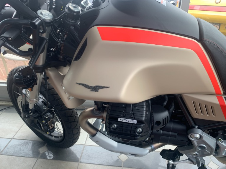 New-2021-Moto-Guzzi-V85-TT-Travel-E5