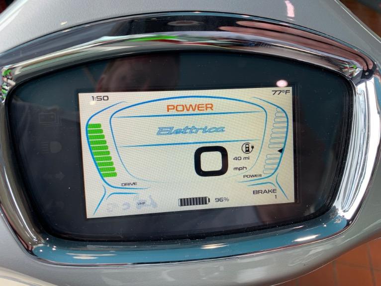 New-2021-VESPA-Elettrica-45-MPH