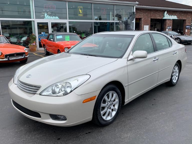 Used 2002 Lexus ES 300  | Brookfield, WI