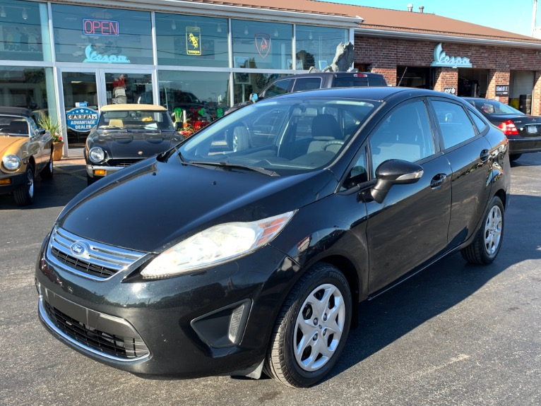 Used 2013 Ford Fiesta SE | Brookfield, WI
