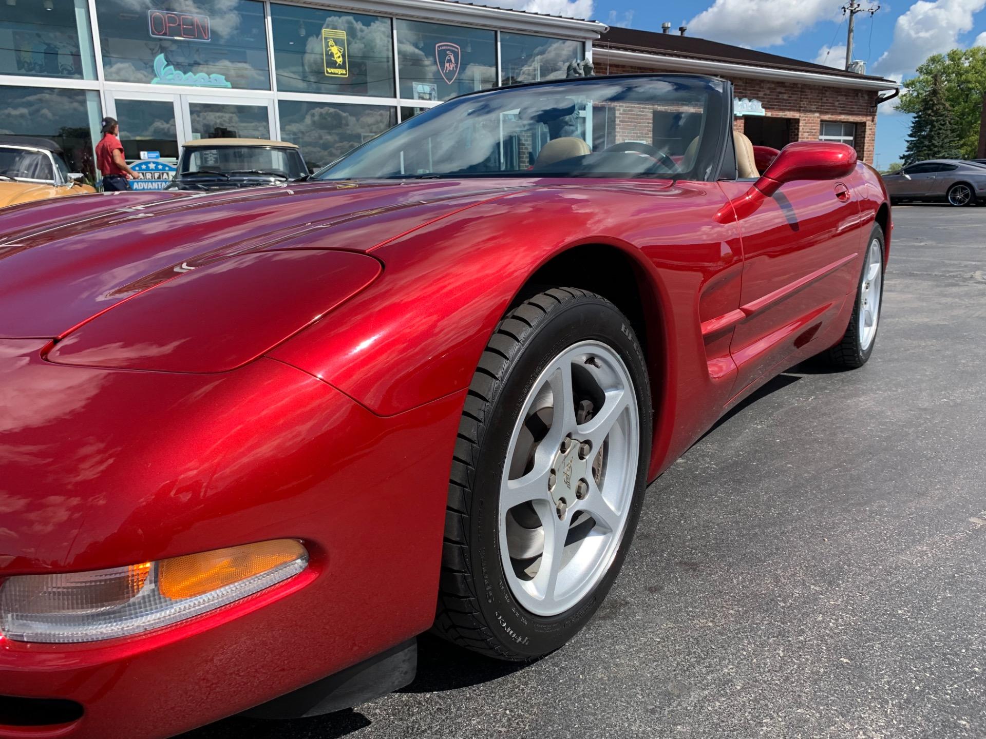 Used-2000-Chevrolet-Corvette-Convertible