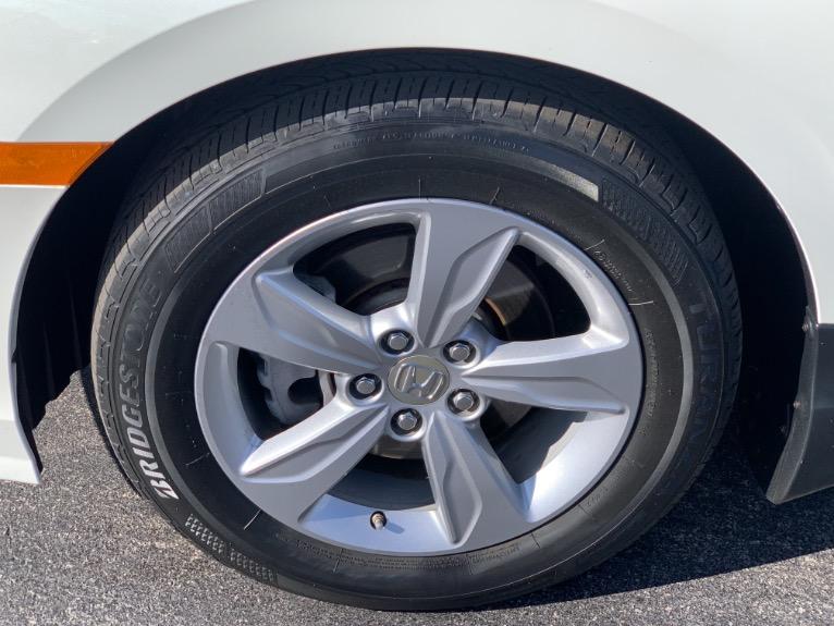 Used-2019-Honda-Odyssey-EX-8-Passenger-W/-Adaptive-Cruise