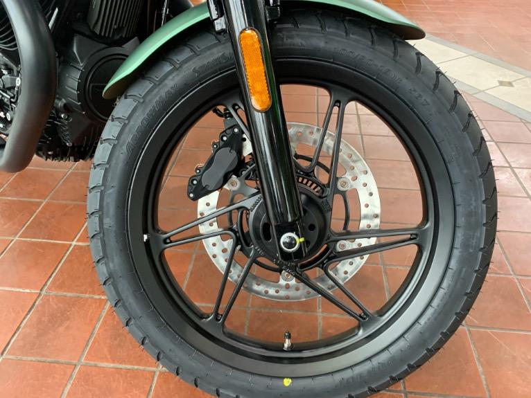 New-2021-Moto-Guzzi-V7-STONE-CENTENARIO-LIMITED-EDITION
