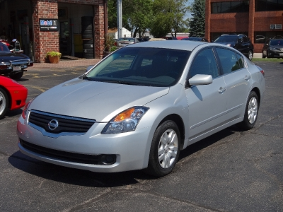 Used 2009 Nissan Altima 2.5 S | Brookfield, WI