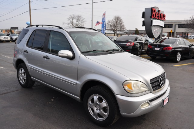 Used-2002-Mercedes-Benz-M-Class-ML320