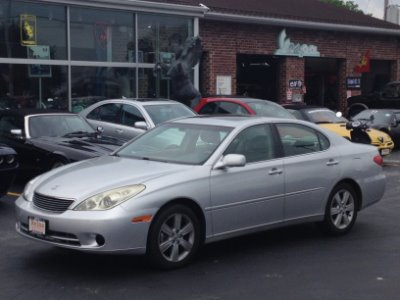 Used 2005 Lexus ES 330  | Brookfield, WI