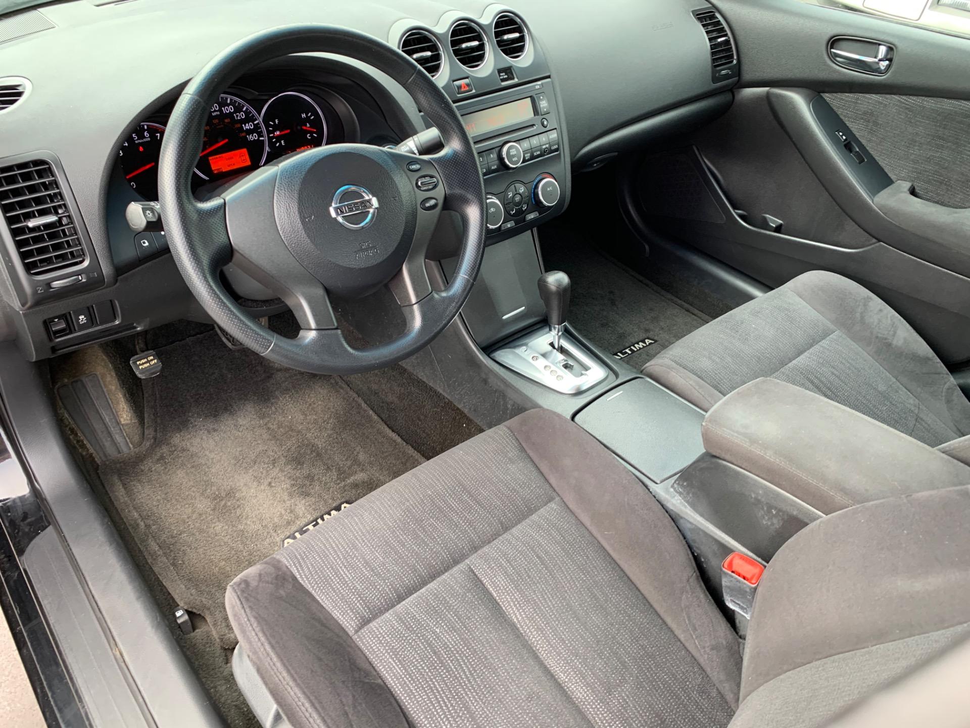 Used-2012-Nissan-Altima-25-S