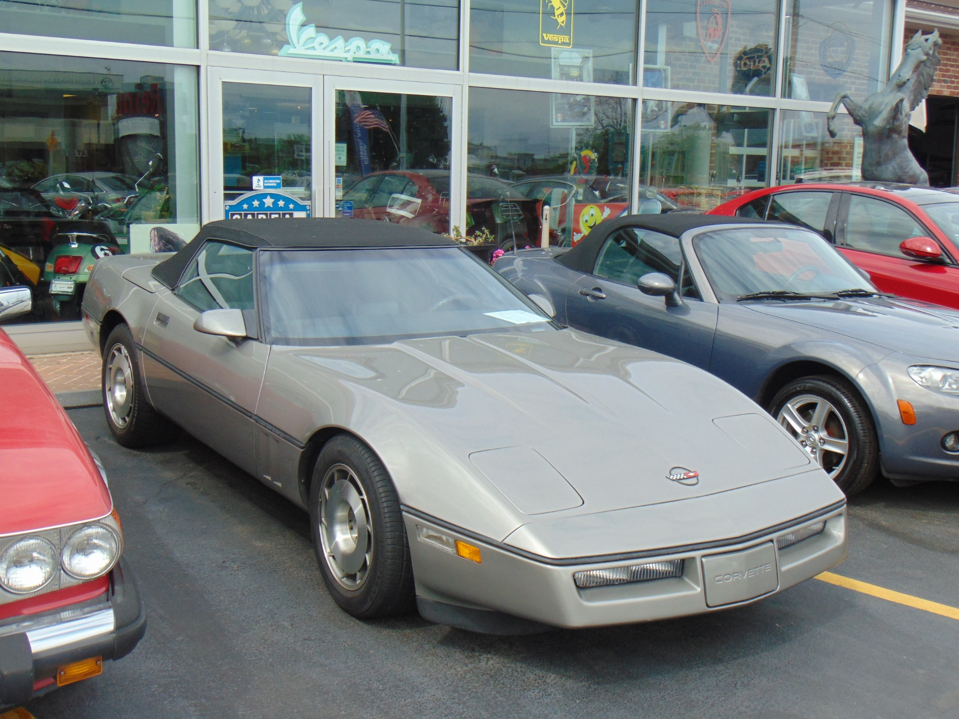 Used-1987-Chevrolet-Corvette-350-Convertible